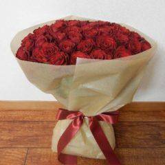 60本の赤バラ